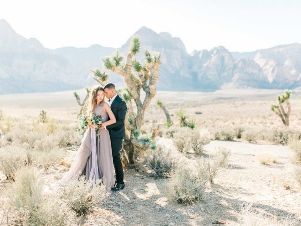 young couple in love desert photoshoot