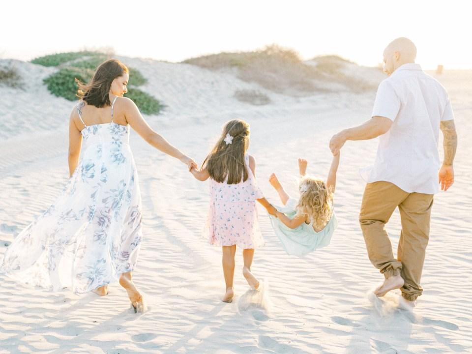 Coronado family photos on the beach at Hotel Del Coronado
