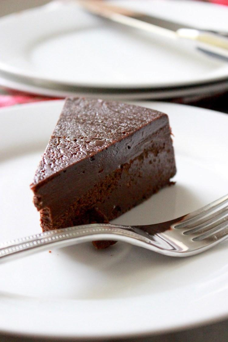 Homemade Flourless Chocolate Cake - Dessert for the Truest of Chocolate Lovers!