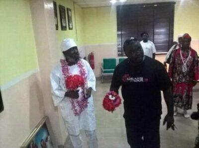346f1-3 Guru Maraj Makes Rare Appearance At Yinka Ayefele's FreshFM, Ibadan (Photos,Video)
