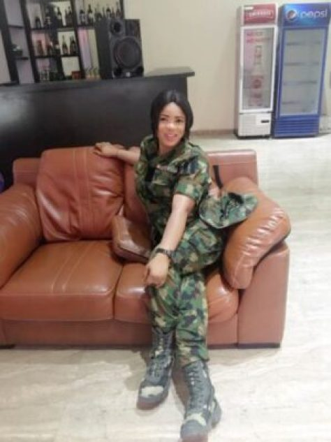 23795346_1661689500541565_108166843386857857_n Nigerian Female Soldier, Faith Narrates Story Of She & HIV Positive Guy (Pics)