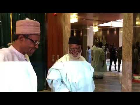 0-1 President Buhari Meets With Former Head Of State, Gen. Abubakar (Video)