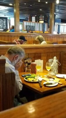 27908444 10156170080966340 7253821825473157738 o - Heartbreaking Photo Of Man Dinning Alone With Wife's Ashes On Valentine's Day