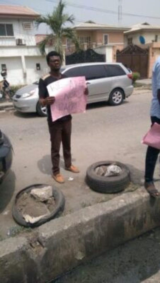 img_7433-1 Taxify Drivers Protest In Lagos (Photos)