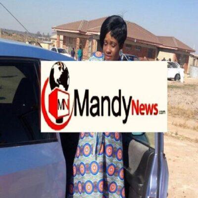 vimbai mari - Zimbabwe Policeman Caught Having Sex With Married Workmate In Car (Photos)