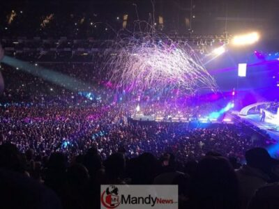Dx9FYtbWsAEArdf - See All The Photos From Davido's 02 Arena Concert In London