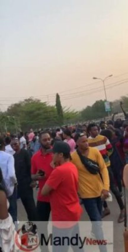 5q9laxbygjpo6qsz BBNaija 2019: Massive Crowd Storms Abuja Audition (Photos, Video)