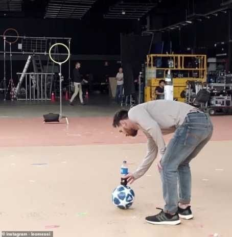 8715823 20190209074257 jpege7aad66a27e0830f4654a6178725db622088705105 - Lionel Messi Produces Amazing Bottle Flip In New Pepsi Advert (Photos, Video)