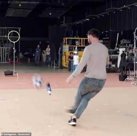 8715825_20190209074302_jpeg23ff227b7027466e80656800bab39d4e45381102 Lionel Messi Produces Superb Bottle Flip In New Pepsi Advert (Photographs, Video)