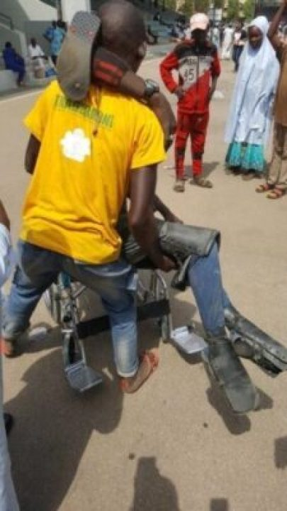8719663_dy9xzmyxcaebqh8_jpeg9d5cdd85a3bf3314655d18583bb17c4e183007893 Dolapo Osinbajo Gifts A Crippled Man A Wheelchair At #WalkForBuhari (Photos)