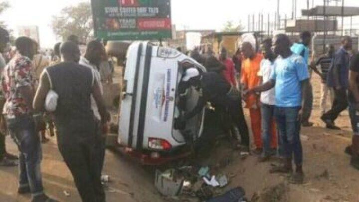 8721160_cla2_jpg9a892aa750ace71a36cab6e5edb0eaf91501640210 Peter Obi Escapes Death As APC And PDP Clash In Abuja Today (Photos)