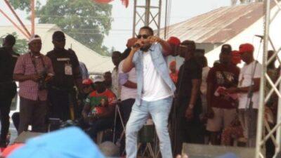 8748568 2019021218 17 52 jpegbd8aa04d056a930bb0a21e7b789df7361161925199 - Flavour, Davido, Mr. Raw, Zoro, E-Money, Thrill Thousands At PDP Enugu West Rally