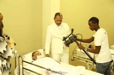 D0TmvaIWwAEE3Hi - Resurrects Zimbabwean Dead Man Works For Pastor Alph As A Camera Man (photos)