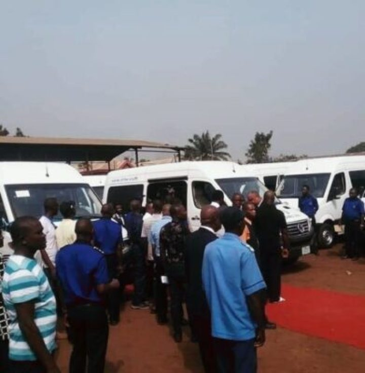 IMG_20190219_181059_782 Gov Okowa Rebrand Delta Line, Commissions Brand New Equipped Vehicles (Photos)
