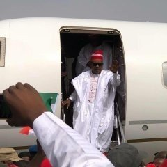 dzccgerx4aa_uda1517422744 Atiku Arrives In Kano For Campaign Rally (photos)