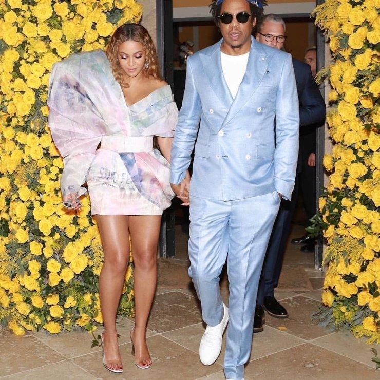img 20190211 013916 9951874876801 - All Grammys 2019 Red Carpet Celebrity Dresses & Looks (Photos)
