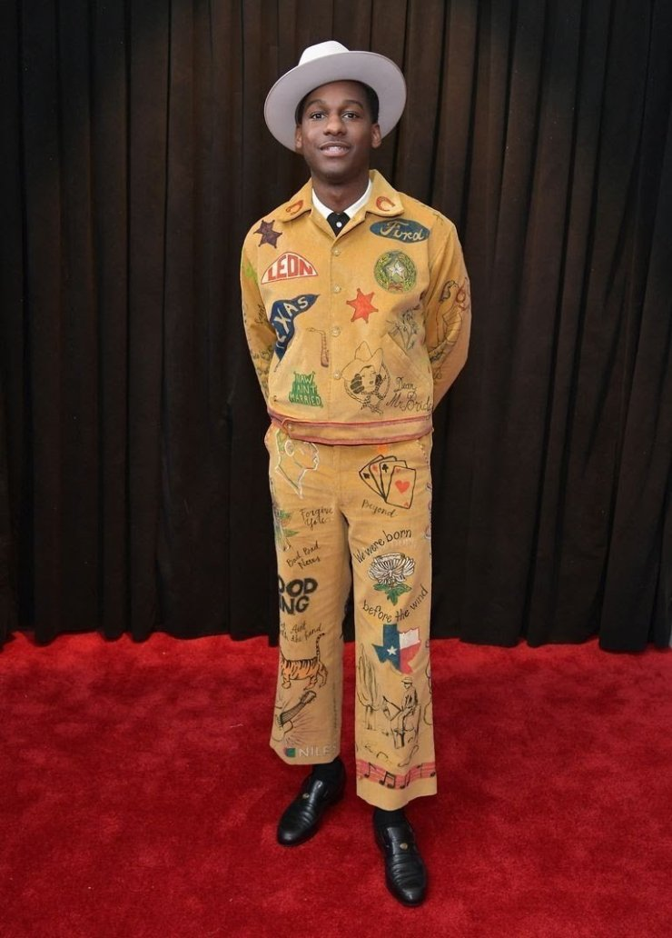 leon bridges attends the 61st annual grammy awards at news photo 1097502230 15498411781810255344 - All Grammys 2019 Red Carpet Celebrity Dresses & Looks (Photos)