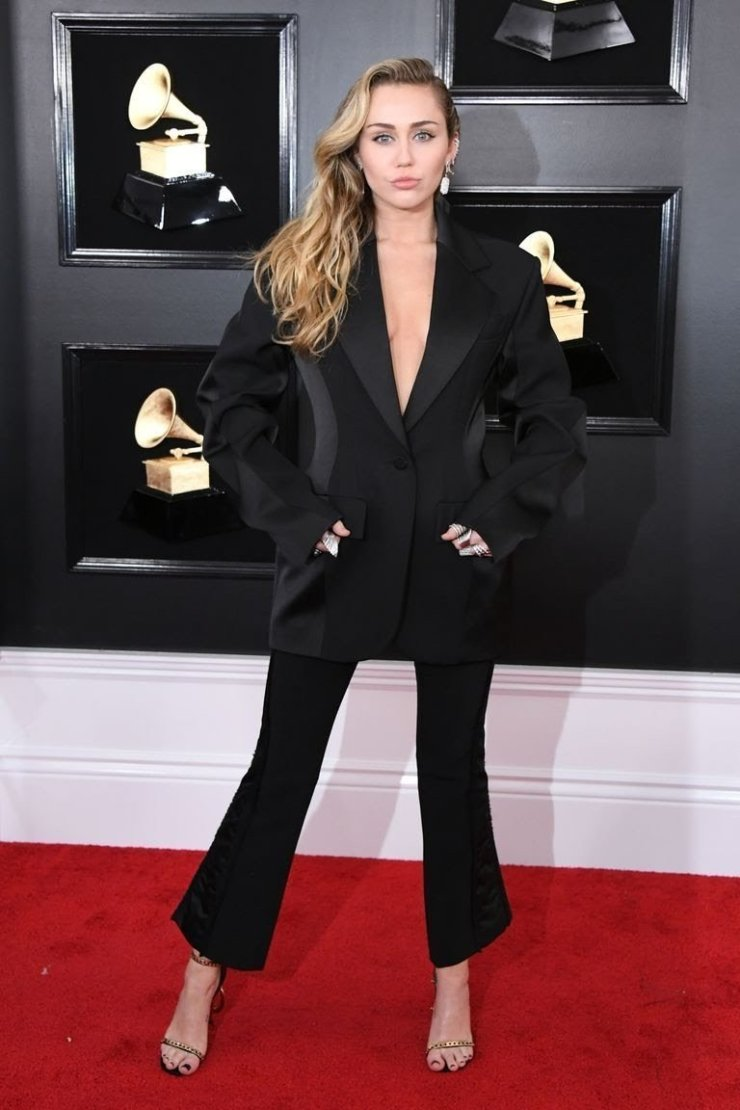 miley-cyrus-attends-the-61st-annual-grammy-awards-at-news-photo-1128781170-1549844699469492944 All Grammys 2019 Red Carpet Celebrity Dresses & Looks (Photos)
