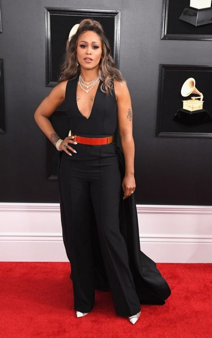 rapper-eve-attends-the-61st-annual-grammy-awards-at-staples-news-photo-1097445280-1549839733607065745 All Grammys 2019 Red Carpet Celebrity Dresses & Looks (Photos)