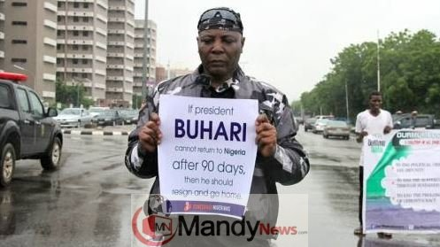 9044634_charly_jpeg210c4ba324dab5dd78824005fd3d3957-1 Charly Boy Reveals Surprising Issues About Deji Adeyanju In New Interview (Video)