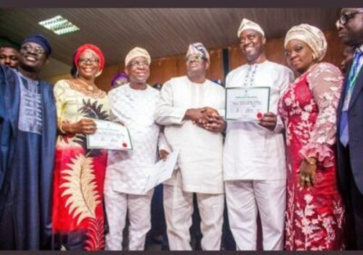 9066873_screenshot20190327184513_jpeg8aeb11712f4e8d882ec52ca97c44f40a INEC Presents Certificates Of Return To Oyo Governor, Seyi Makinde (Pictures)