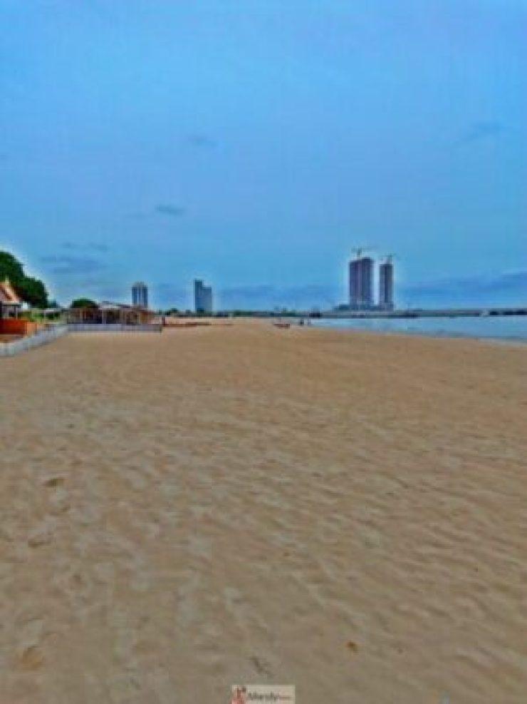 1555016574861-768x1024 Collins WeGlobe: My Visit To Tarkwa Bay Beach In Lagos, Nigeria (Photos)