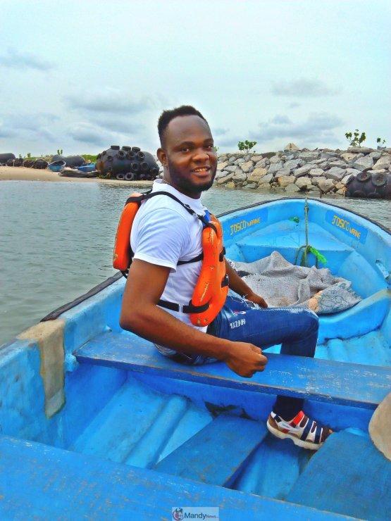 1555018142049 768x1024 - Collins WeGlobe: My Visit To Tarkwa Bay Beach In Lagos, Nigeria (Photos)