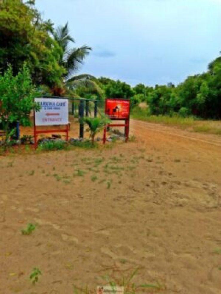 1555018350278-768x1024 Collins WeGlobe: My Visit To Tarkwa Bay Beach In Lagos, Nigeria (Photos)