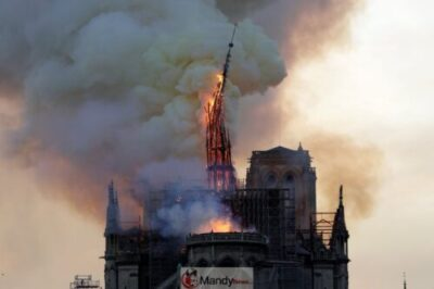 D4NqpmmU0AA0hJN 1024x683 - Fire Breaks Out At Notre-Dame Cathedral In Paris (Photos)
