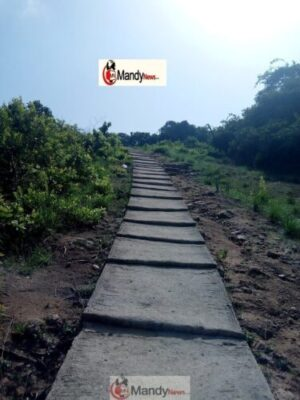 Efon alaaye mountain - My Visit To Babalola's Tomb, Mountain And River Oni At Efon Alaaye