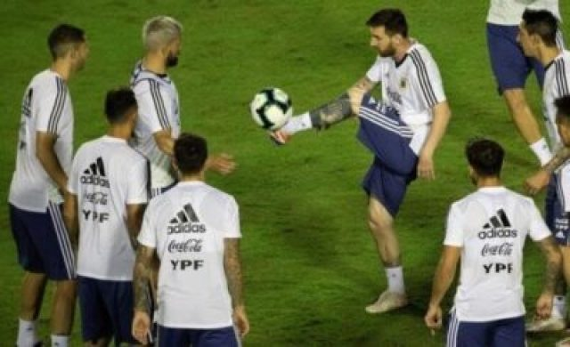 07642365 Lionel Messi And Argentina Train Before Copa America Opener (Photos, Video)