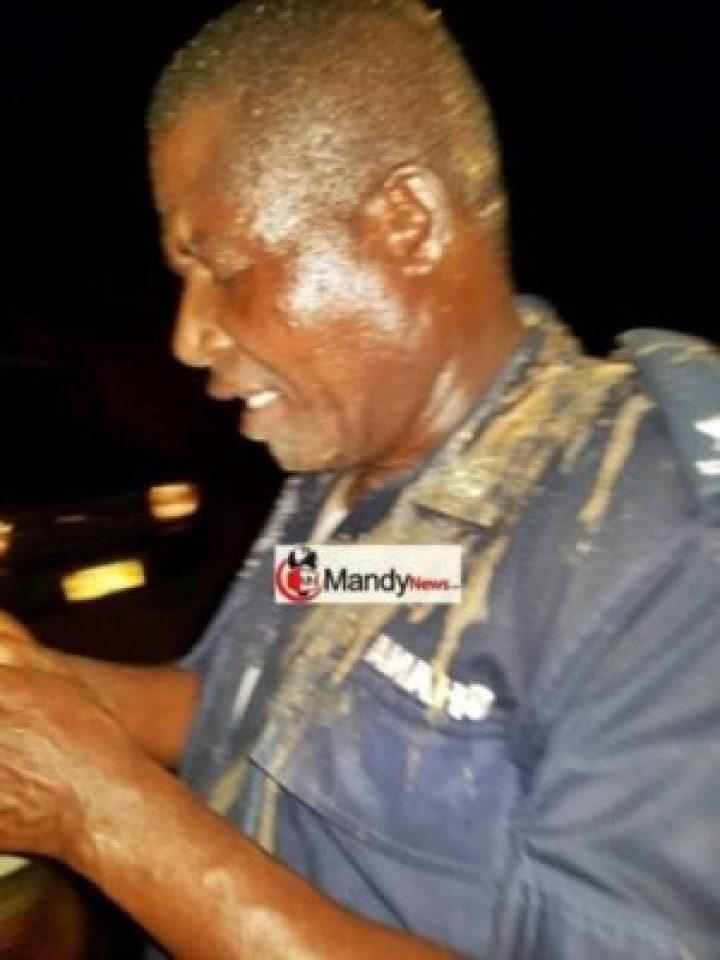 Angry Ghanaian Woman Pours Hot Banga Soup On Police Commander (Photos)