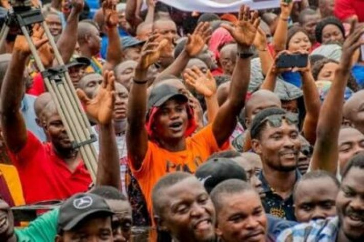 FB_IMG_15628606016196697 Market Women, Labour Groups, Youths, Others Pledge Support For Gov. Obaseki (Photos)