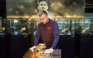 messi-golden-boot-2-300x188 Messi's 6th Golden Shoe On Display In Museum