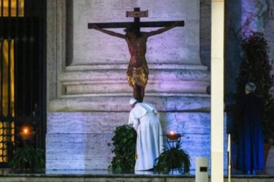 Coronavirus: Pope Francis Prays And Cry Out To God (Photos)