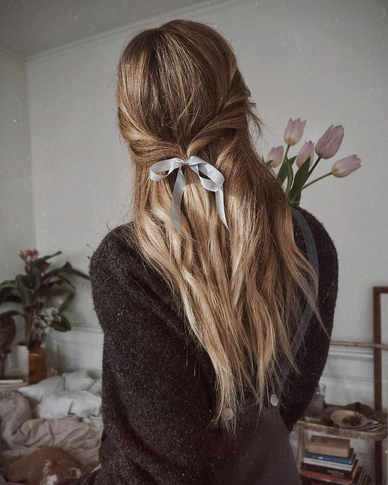 Mane Addicts The Prettiest Ribbon Hair Ideas From Pinterest