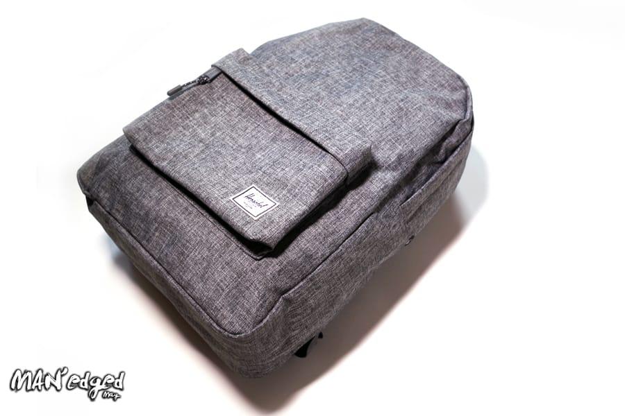 Gray men's Herschel backpack MAN'edged Magazine men's holiday gift guide