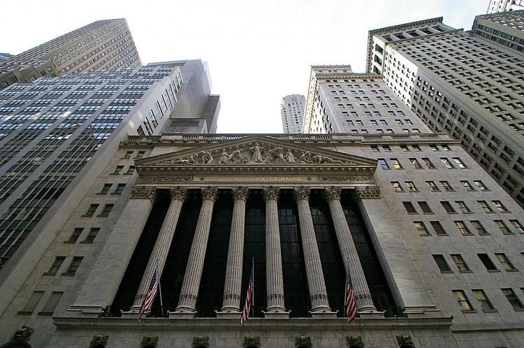 Los futuros del S&P 500 caen medio por ciento en medio de preocupaciones sobre las variantes delta