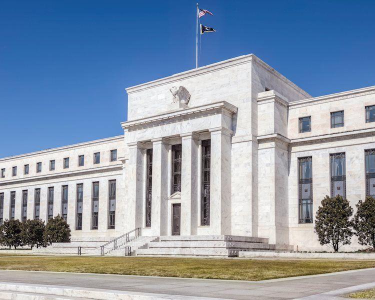 El banco central se prepara para seguir adelante con un plan para reducir su paquete de estímulo pandémico masivo