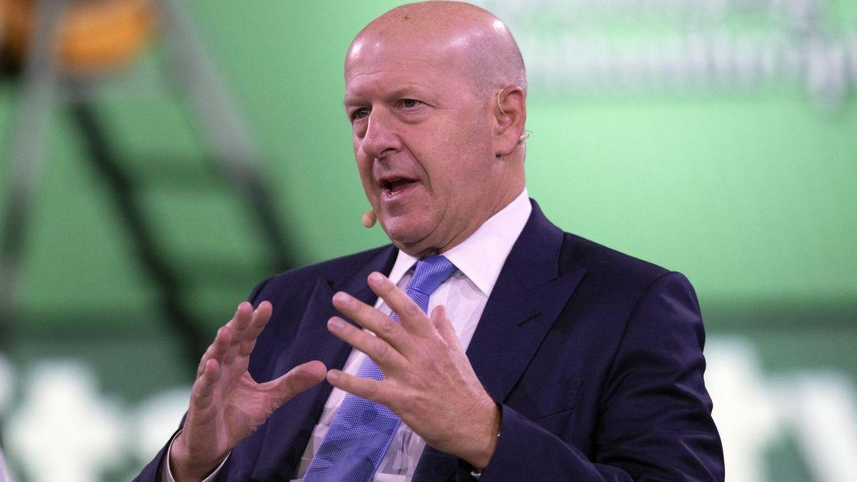 El CEO de Goldman Sachs, David Solomon, insta a las pequeñas empresas a 'mantener el rumbo' a medida que la economía se acelera