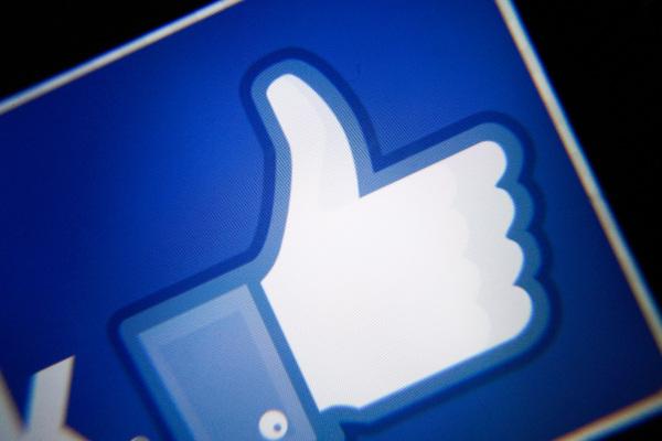 Facebook atraerá a los creadores con $ 1 mil millones en pagos