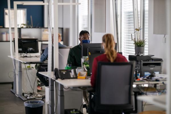 Glassdoor adquiere Fishbowl, una red social semi-anónima y bolsa de trabajo, para asumir LinkedIn – TechCrunch