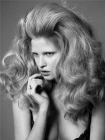 lara stone hair
