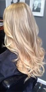 honey and vanilla blonde highlights