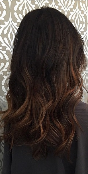 subtle brunette balayage highlights