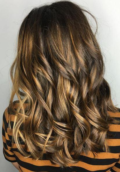 almond-honey-brunette-highlights