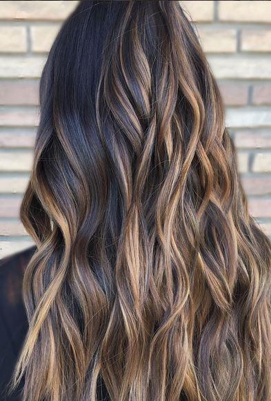 beautiful-brunette-balayage