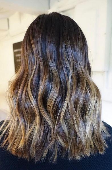 perfectly-blended-brunette-highlights