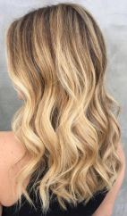 obsessed-with-this-rooty-golden-blonde