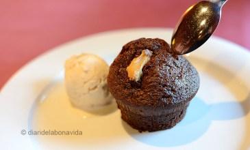 Brownie amb gelat de vainilla